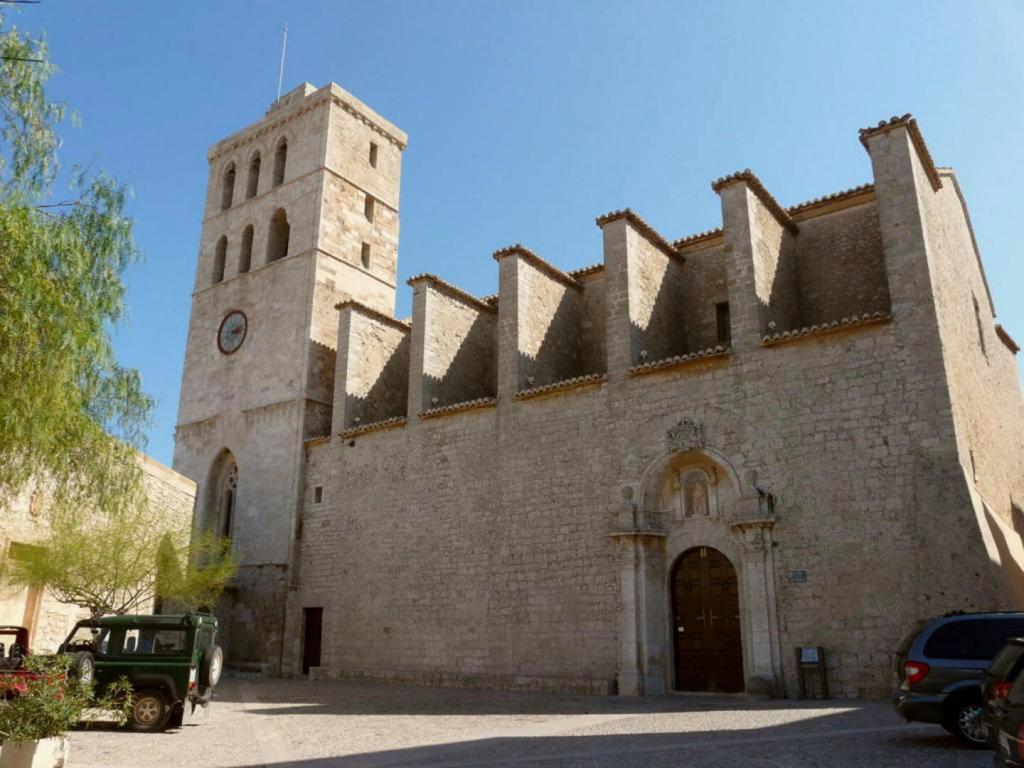 5 Iglesias Para Casarse En Ibiza Catedral De Ibiza