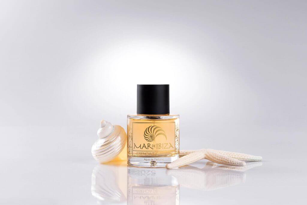 Product photography in Ibiza. Perfumes Mar de Ibiza