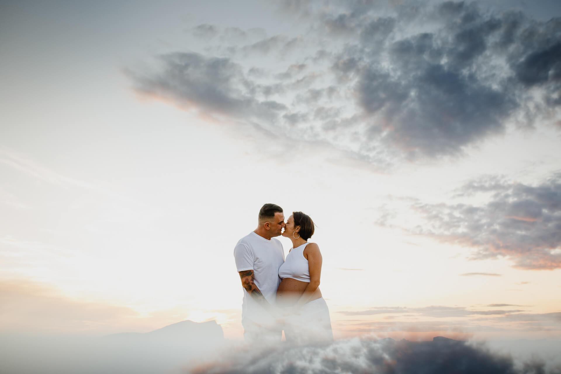 Sesion fotográfica de embarazadas en Ibiza: un increíble recuerdo
